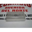 TULIPA TRASERA IZQUIERDA BLANCA MARCHA ATRAS SEAT 131 PRIMERA SERIE GEMO 20885