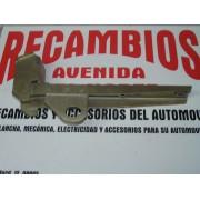 SOPORTE PARAGOLPES TRASERO DERECHO SEAT 127 LS