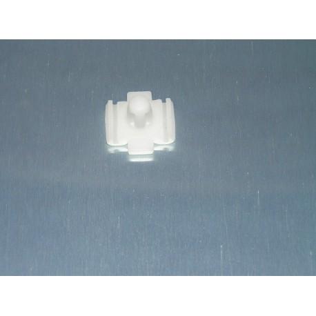 GRAPA MOLDURA PUERTAS SEAT 127 CL REF ORG, FC59018000