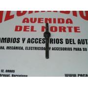 EJE PIÑON BOMBA DE ACEITE SEAT 600