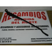 BRAZO LIMPIA DELANTERO IZQUIERDO RENAULT CLIO DEL 98 REF ORG, 7700838842