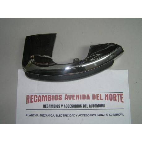 MASCOTA DELANTERA DERECHA SEAT 124 SPORT 1800