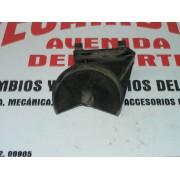 SOPORTE GATO RUEDAS SEAT 127 FURA REF HH58611000