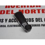 MANETA ELEVALUNAS METALICA SEAT 132
