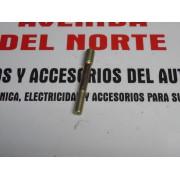 ESPARRAGO SOBREMEDIDA CULATA SEAT 850