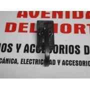 MANETA INTERIOR SUJECCION CON DOS TORNILLO SEAT 127 124 1430