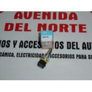 INTERRUPTOR MARCHA ATRAS SEAT FIAT AUDI CITROEN PEUGEOT MODELOS EN LA FOTO FAE 40570